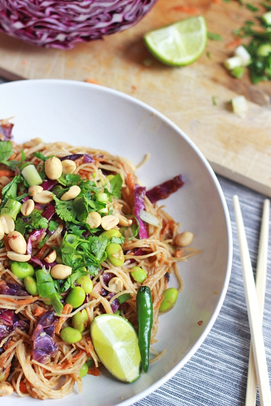 Healthy Pad Thai Bowl