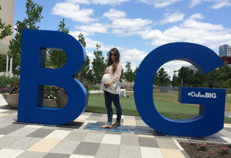 Big and 35 weeks pregnant