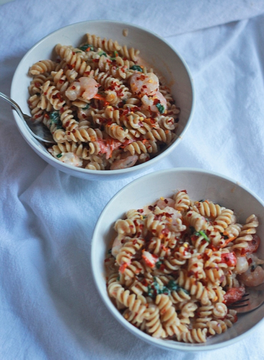 Creamy Shrimp Rotini with Spinach and Tomatoes