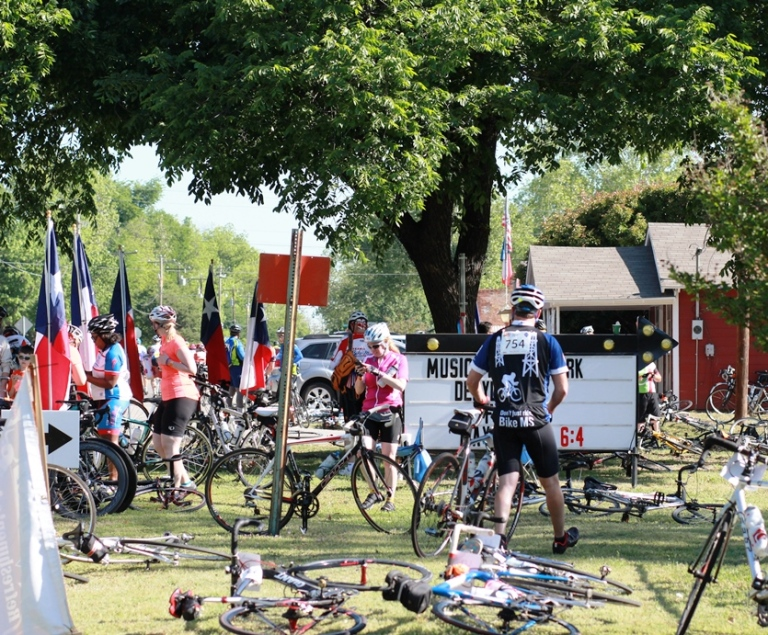 Bike for MS Stop in Aubrey