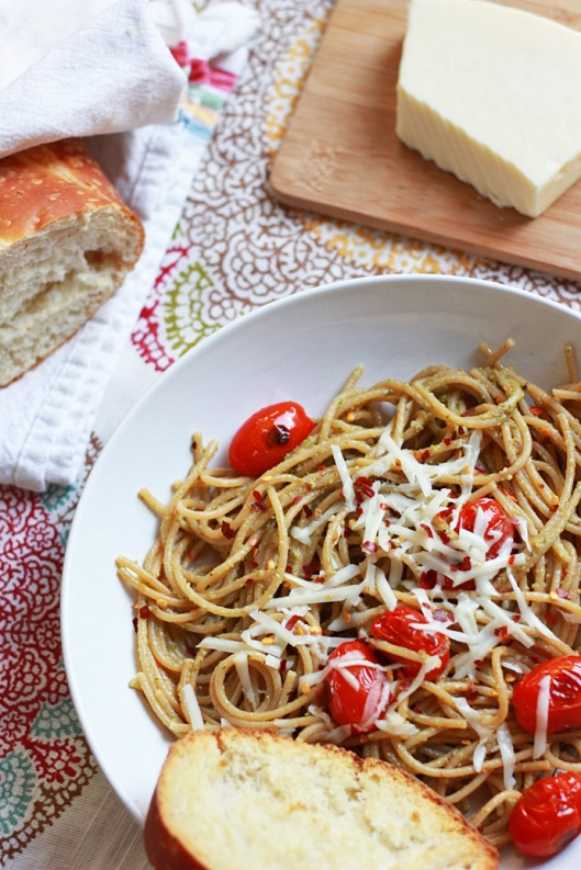 Simple Pasta with Blistered Tomatoes and Basil Pesto