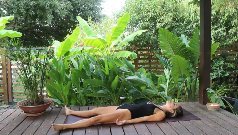 online yoga class outside